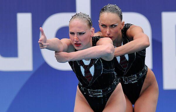 Russian women unstoppable in synchronized swimming - Sputnik International