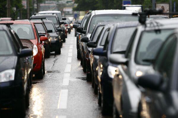 Moscow stuck in traffic jams on Сar-Free Day - Sputnik International
