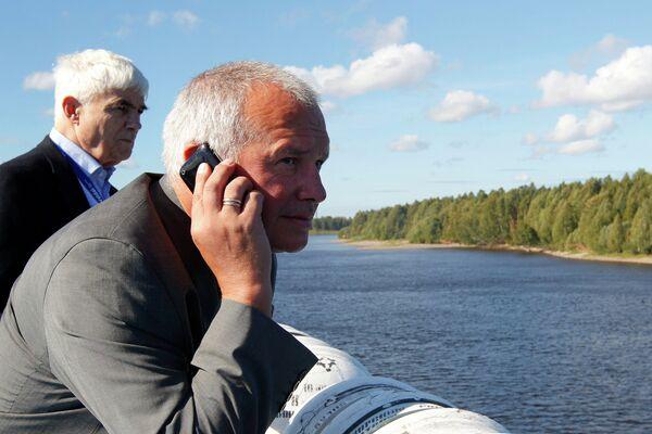 Michael Sturmer and  Alexander Rahr on the Kronstadt motor boat - Sputnik International