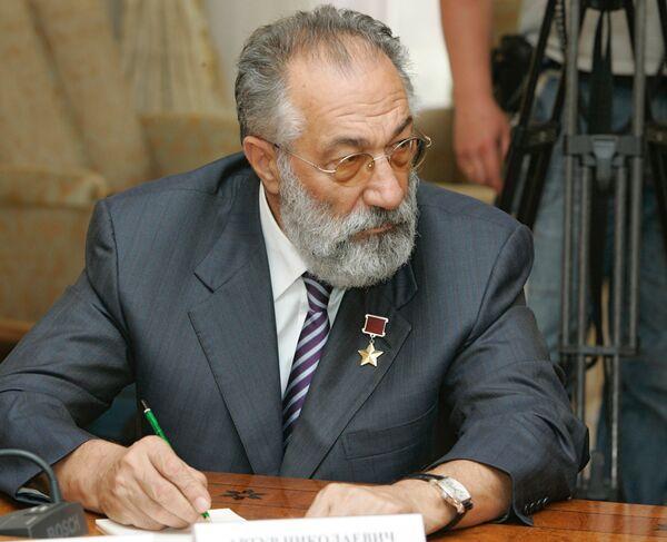 State Duma Deputy Artur Chilingarov - Sputnik International
