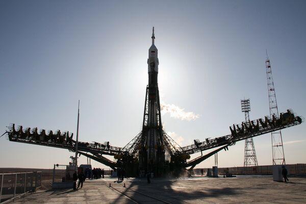 Russia's Soyuz puts 6 U.S. telecom satellites into orbit - Sputnik International