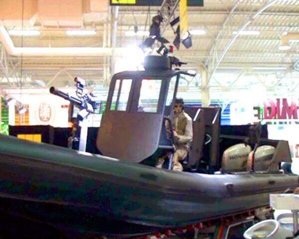 Pirate-fighting speed boats on display in France - Sputnik International