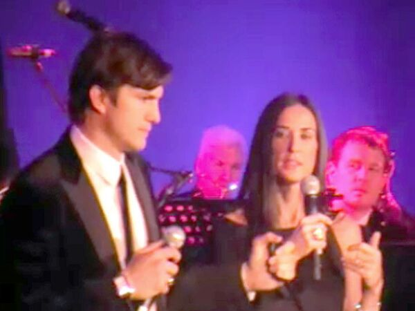 Dance with Demi Moore and Ashton Kutcher auctioned off in Moscow - Sputnik International