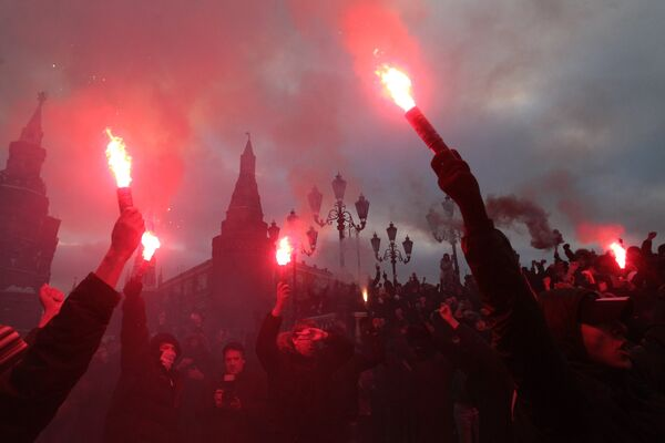 Moscow police clash with protestors of Spartak Moscow fan death - Sputnik International