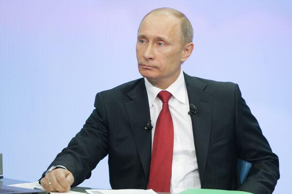 Russian Prime Minister Vladimir Putin and his direct answers - Sputnik International