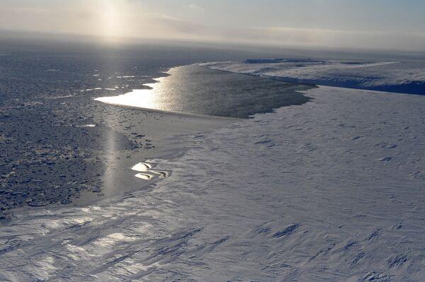 Most Russians Believe Arctic Should Remain Neutral - Poll - Sputnik International