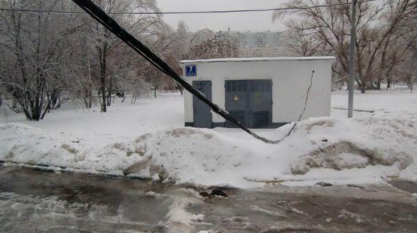 Engineers repairing power lines in Moscow Region - Sputnik International
