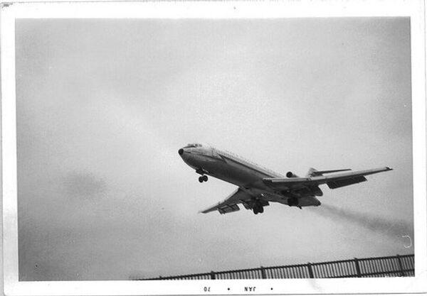 Boeing-727 - Sputnik International