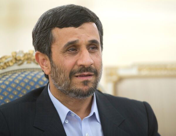 Dmitry Medvedev and Mahmoud Ahmadinejad - Sputnik International