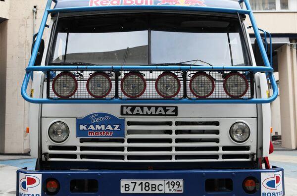 Kamaz Stocks Soar 8% on Daimler Stake Plans          - Sputnik International