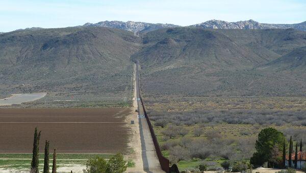 United States-Mexico border - Sputnik International