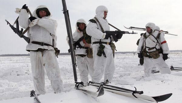 Russia's Arctic force may include paratroopers - Sputnik International