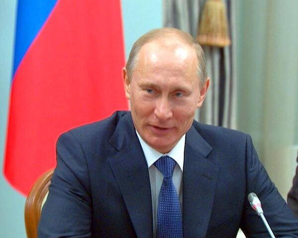 Putin suggests Russia, U.S agree to scrap visas  - Sputnik International