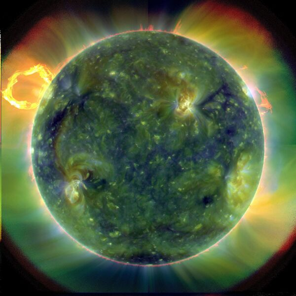 "The Sun is ""waking up"" - Sputnik International"