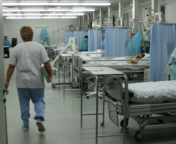 Russian healthcare 'decades behind EU standards' - Sputnik International