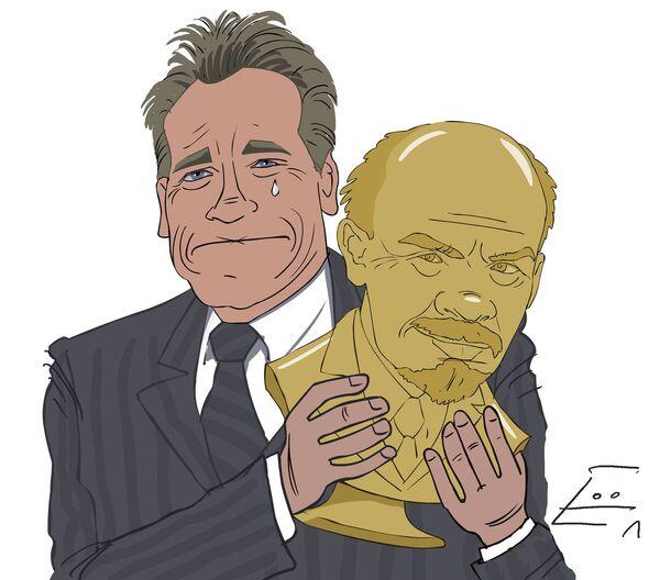 Schwarzenegger forced to get rid of bust collection  - Sputnik International