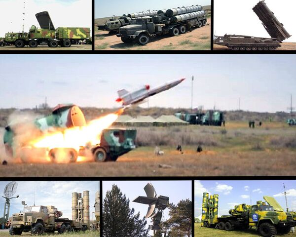 S-300 missile crews destroy ten aerial targets in two minutes - Sputnik International
