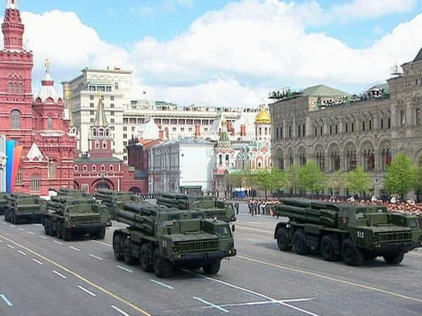 Russia displays military might at Victory Day parade - Sputnik International