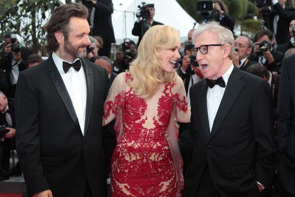 Movie stars on the red carpet at Cannes  - Sputnik International