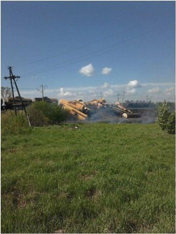 Car, train collision obstructs railway traffic in Kostroma region - Sputnik International