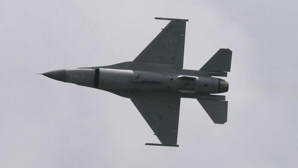 An F-16 Fighting Falcon. - Sputnik International