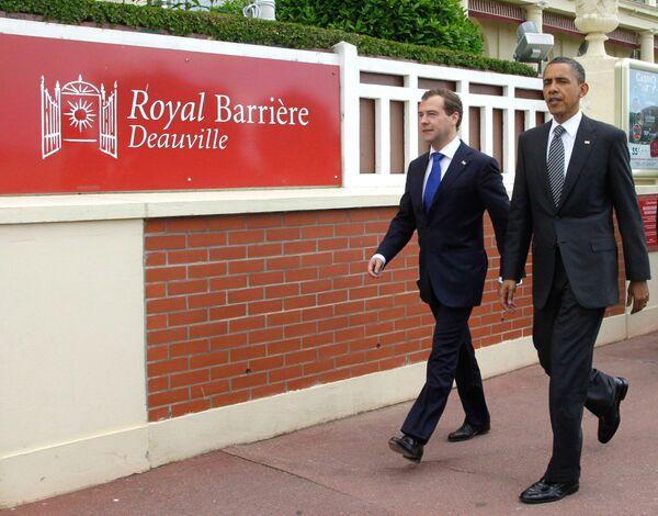 Barack Obama and Dmitry Medvedev - Sputnik International