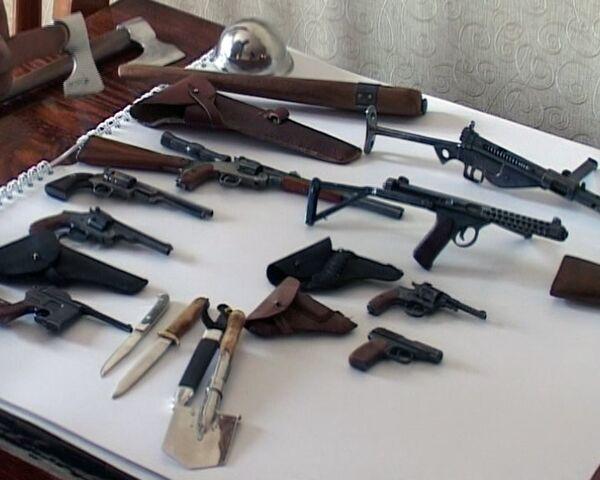 Siberian has arsenal of 50 miniature weapons - Sputnik International