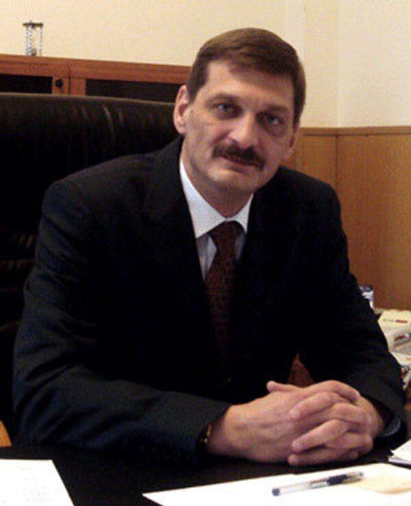 Yevgeny Yevstratov - Sputnik International