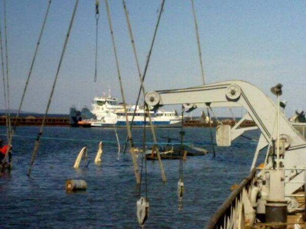 Lifting of sunken Russian cruise ship postponed until morning - Sputnik International