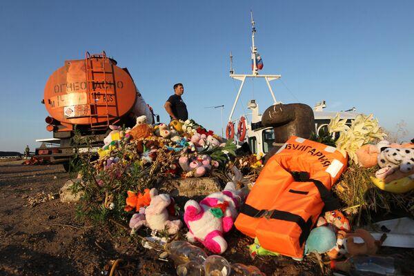 Russian sunken ship tragedy claims 119 lives - Sputnik International