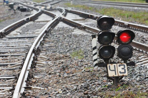 Irate Urals Man 'Felt Better' After Smashing Rail Signals - Sputnik International