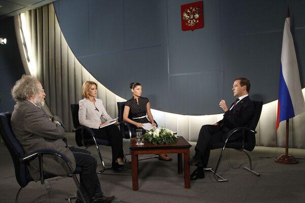 President Dmitry Medvedev's interview - Sputnik International
