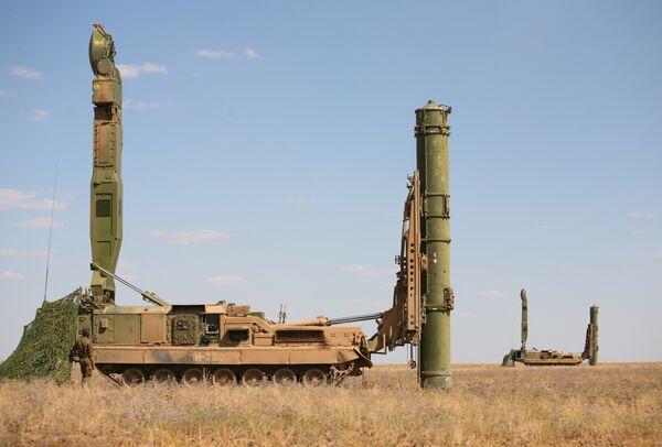 Russia, Kazakhstan Sign Air Defense Agreement - Sputnik International