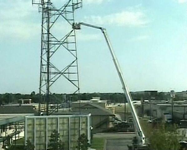 Man rescued after 6 days up a 30 meter tower - Sputnik International