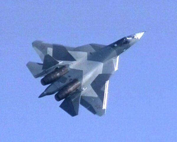 Russia's Sukhoi T-50 5th generation fighter makes first demonstration flight - Sputnik International