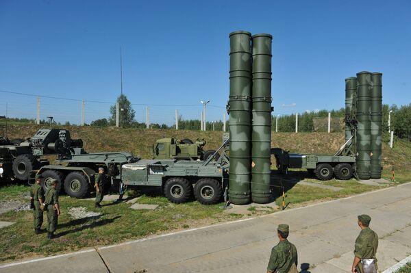 S-400 air defense system - Sputnik International