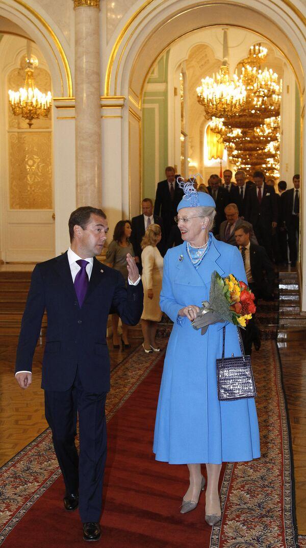 Medvedev meets with Danish Queen in Kremlin - Sputnik International