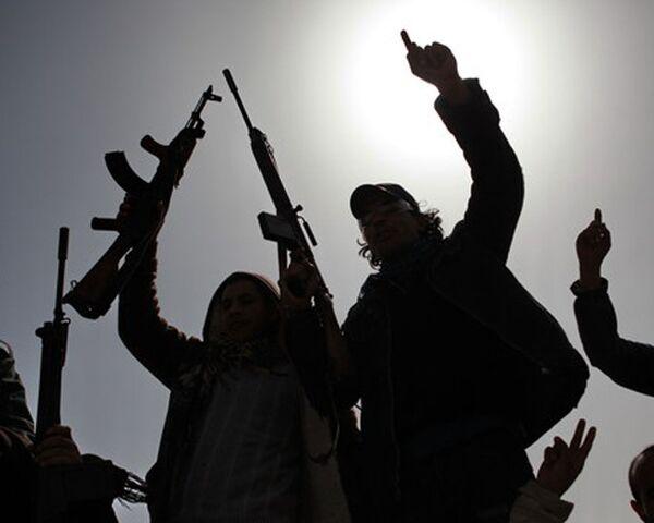 Russia Lifts Embargo on Arms Supplies to Libya  - Sputnik International