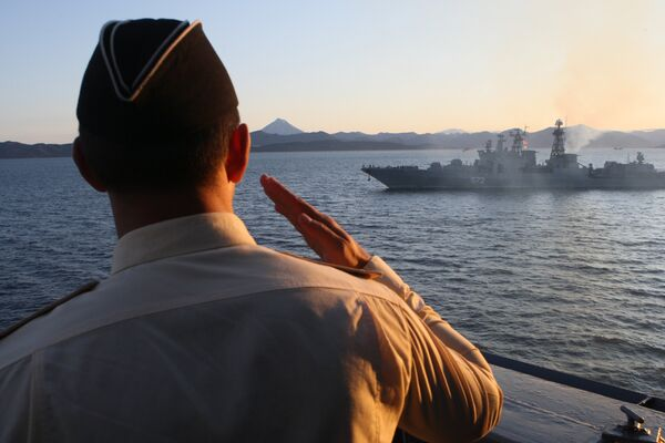 Cruiser Varyag takes part in Pacific Fleet exercise  - Sputnik International
