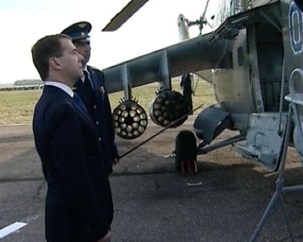 President Medvedev suggests officials test the Ka-52's ejection system  - Sputnik International