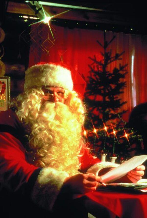 Turkish imam says Santa Claus 'dishonest'          - Sputnik International