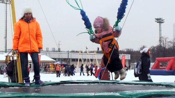 Fun and Games at Moscow's Snow and Ice Festival - Sputnik International