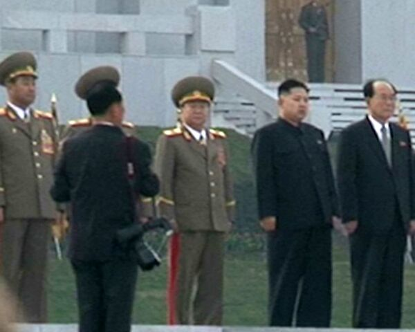 Largest Kim Jong-il Statue Unveiled in Pyongyang - Sputnik International