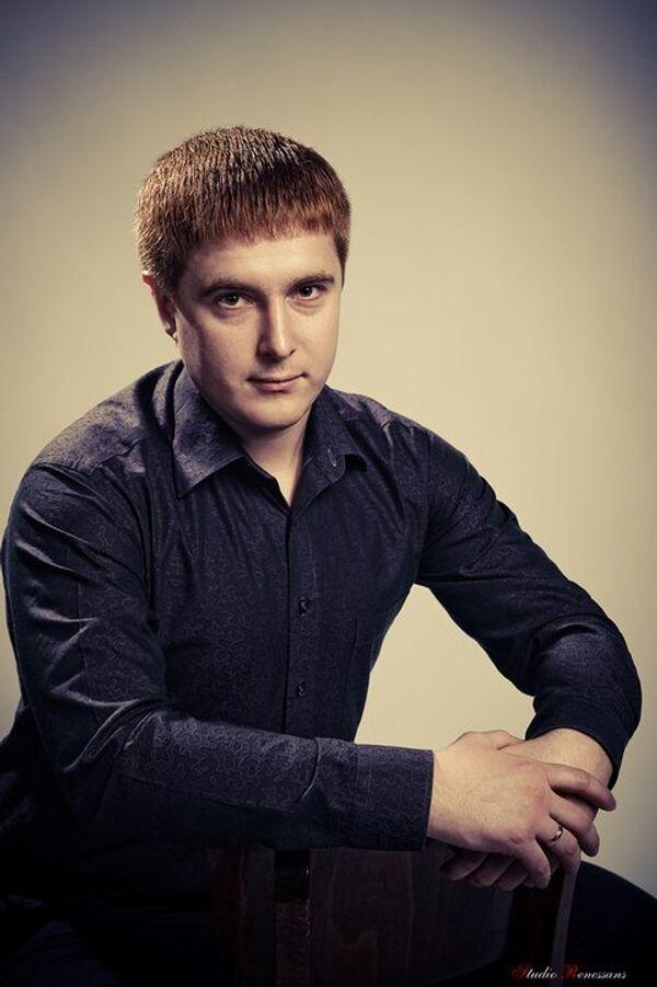 Dmitry Zhertovsky - Sputnik International