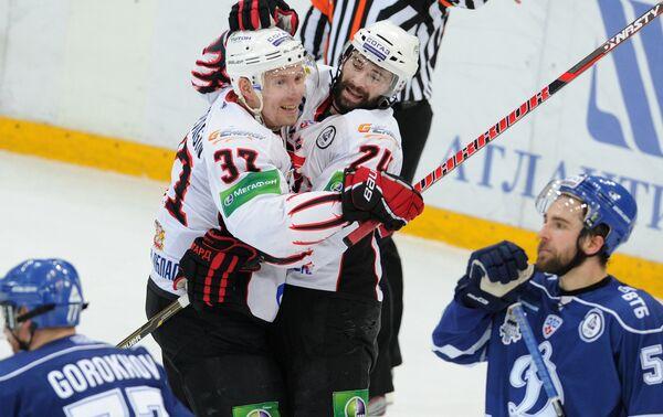 Avangard a Step From KHL Title After Dynamo Defeat          - Sputnik International