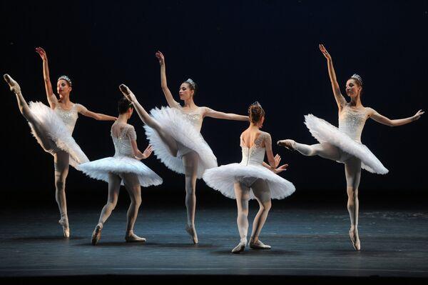 Bolshoi Theatre ballerinas - Sputnik International