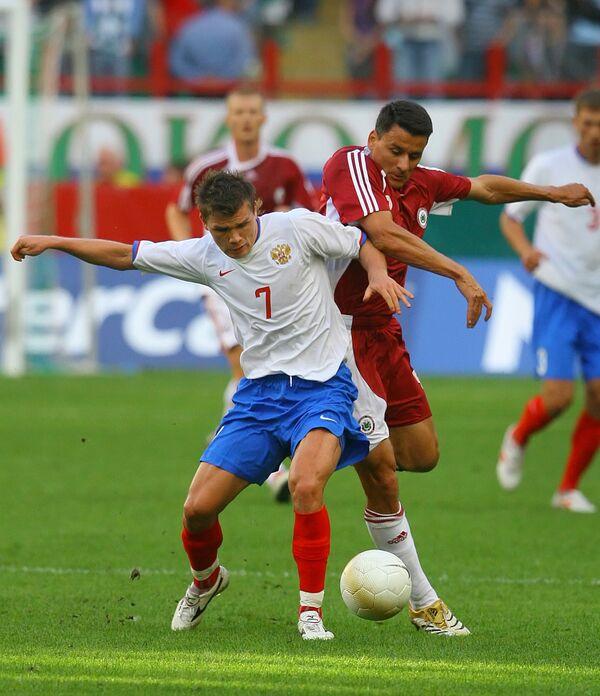 Marat Izmailov (left) - Sputnik International