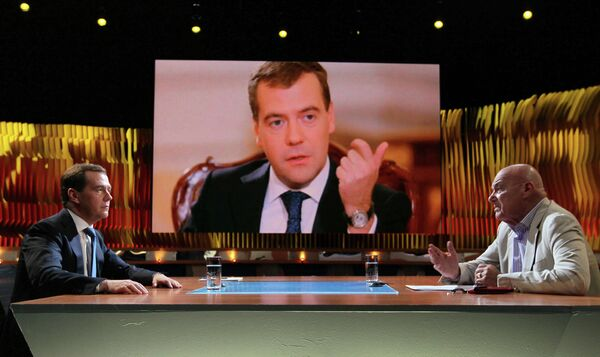 Dmitry Medvedev and Vladimir Pozner - Sputnik International