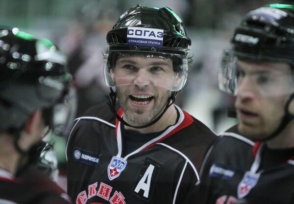 KHL: Avangard Beats Sibir to Top East         - Sputnik International