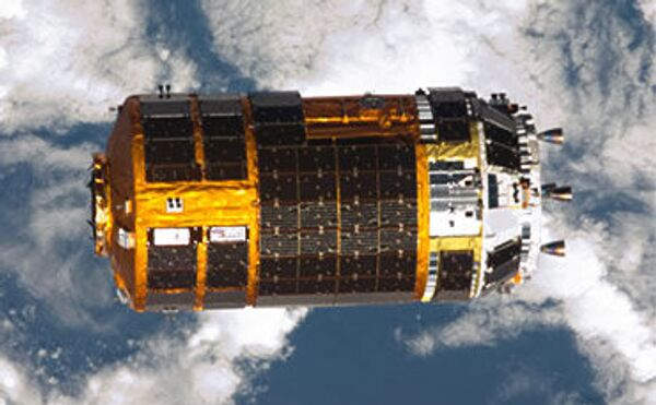The 16.5-ton spacecraft carries waste material from the ISS, including used experiment equipment and used clothes - Sputnik International